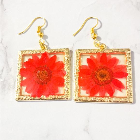 Red Pressed Flower Frame Dangle Earrings